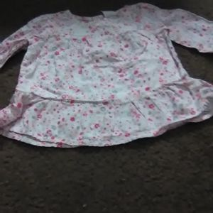 Old Navy long sleeve dress white w/pink, gray suns